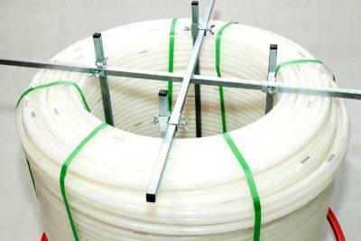 Rozwijak Nr 20 - mobilny do rur PERT, PEX, 200 - 600m. Ogrzewanie podłogowe. Koła gumowe pompowane.
